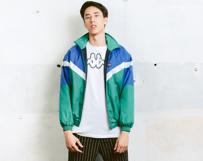 Vintage 90s Windbreaker . Vintage Shell Jacket Spring Jacket Men's Shellsuit Sports Jacket Hiking Jacket 90s Men Clothing . size Medium M