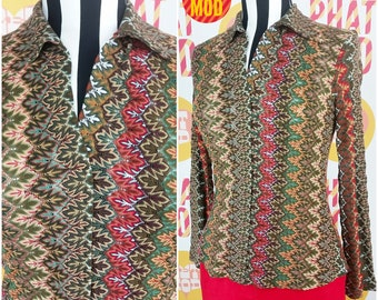 Fun Vintage 90s Brown, Green, Maroon, White Woven Knit Stretchy Top!