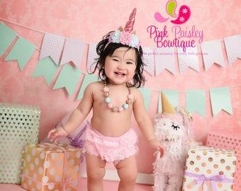 Unicorn Birthday cake smash, Unicorn Birthday Outfit, , Unicorn 1st Birthday, Cake Smash Outfit, Baby Girl Unicorn Outfit, Baby 1st Birthday