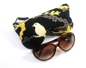 Curves Aviary 2 Sparrows Eyeglass Case, Sunglasses Pouch, Sunglasses Case, Zippered Eye Pouch
