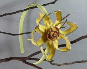 Yellow Daffodil Headband - Zipper Flower - Zipper Headband - Upcycled - Recycled -Repurposed -Girls Headband -Womens Headband -Baby Headband