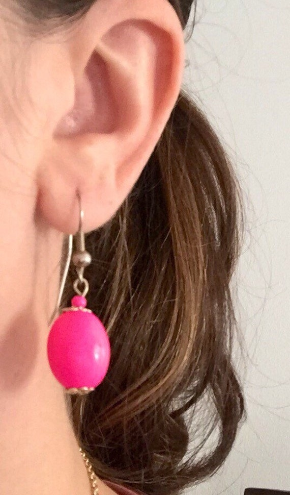 Hot Pink Vintage Drop / Dangle Earrings with Floral Pattern