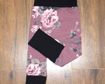 Burgundy floral evolutive pants