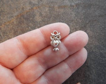 10 Adorable Small Owl Charms Heart Shaped Belly Silver Tone 17x9mm Jewelry Design Supplies Read Details
