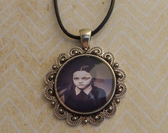 necklace wednesday addams