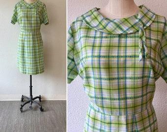 Glennbrook 60s dress| Vintage green plaid cotton day dress| 1960's floral embroidered short sleeve summer dress