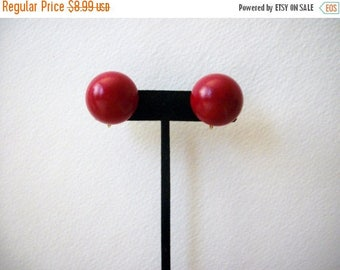 ON SALE Vintage VOGUE Jlry Runway Thick Chunky Clip On Earrings 30217
