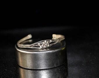 Vintage Sterling Silver Wire Cuff Bracelet / size ( 6)