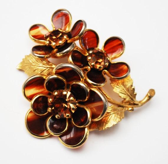 Flower Brooch - Tortoise Lucite - Champagne Rhinestone - Floral Pin - Mid Century