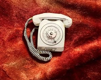 Hello-Hello Wooden Blue Telephone Brooch