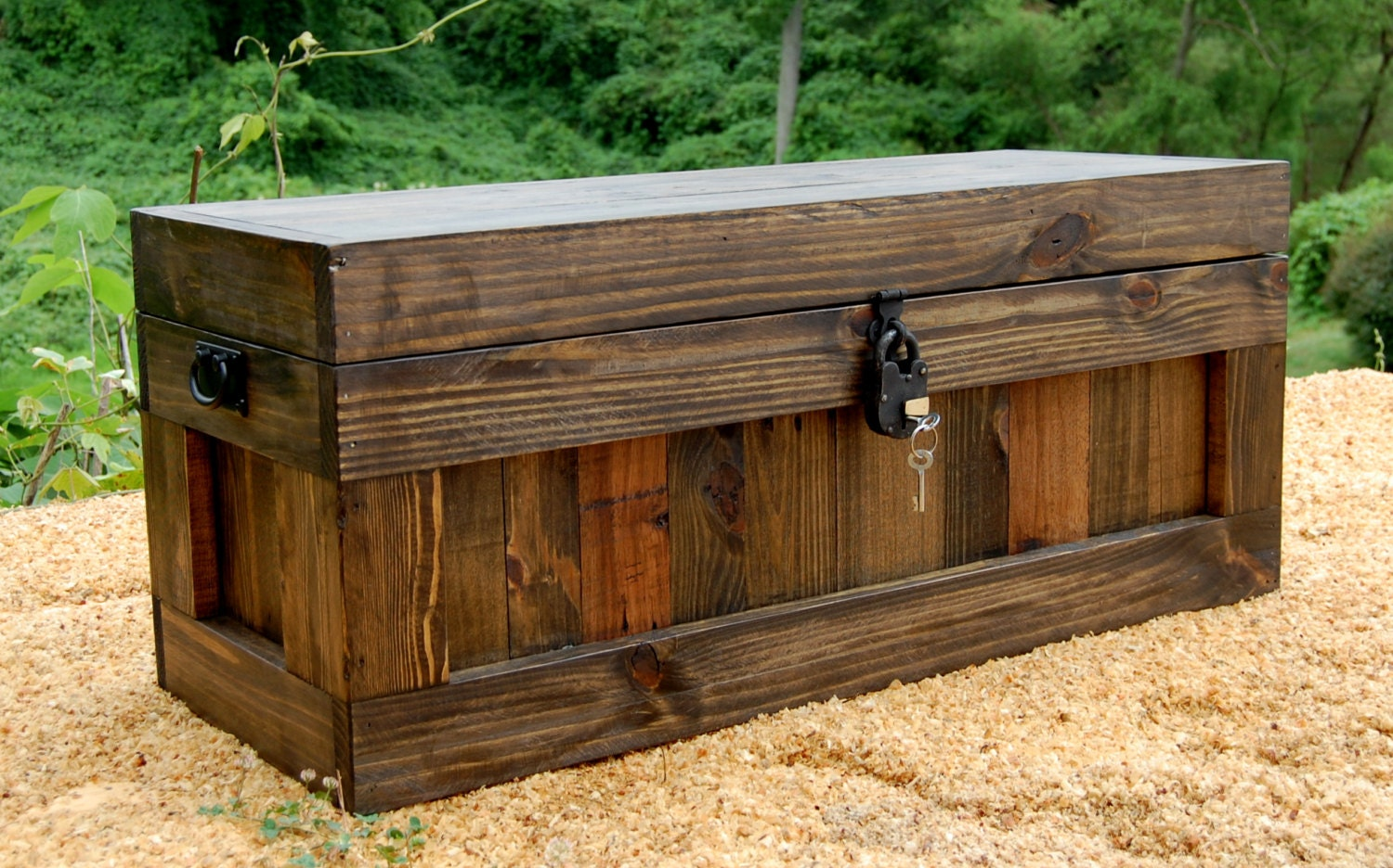 Jacobean Chest With Lock/ Hope Chest/ Wooden Trunk/ Coffee Table/ Storage