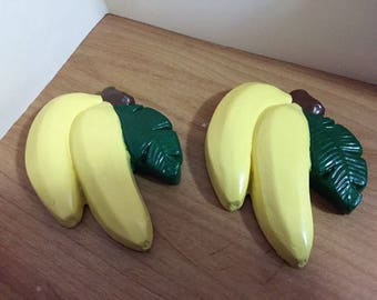 4 Fruit and Vegitable Chalkware Wall Plaques