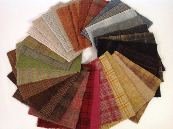 Farm House Wool Scraps, 32 pieces, for Applique and Craft projects, W476, Primitive Colors, Charm Pack, Country Colors Wool Pack