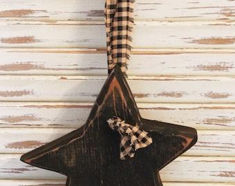 Primitive Hanging Star, Wood, Black