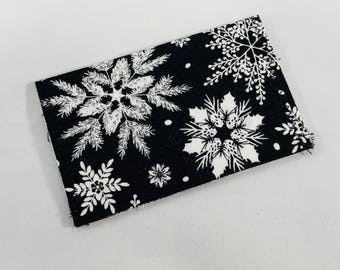 Card Wallet - Gift Card Holder - black and white snowflakes
