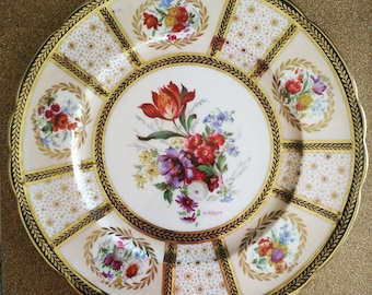 Rare Paragon Dinner Plate Reproduction of Sevice to Her Majesty The Queen 1920s,