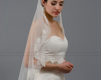 wedding veil, bridal veil, mantilla veil, elbow length veil, alencon lace veil, wedding veil ivory