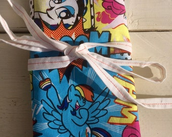 Medium organizing roll for knitting needles, crochet hooks, paintbrushes, artists - My Little Pony Fabric