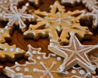 Snowflake sugar cookies-snowflake cookies-fancy sugar cookies-holiday cookies-christmas cookies-elegant christmas cookies