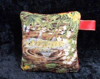 Pin cushion - Freshwater fish