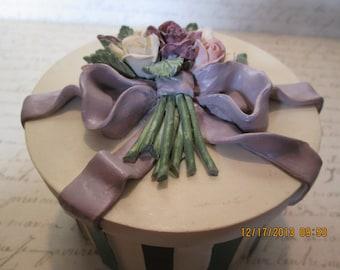 Vintage ceramic powder box