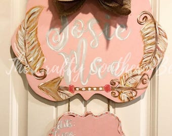 Baby Girl Door Hanger, Feather Door Hanger, Arrow Door Hanger