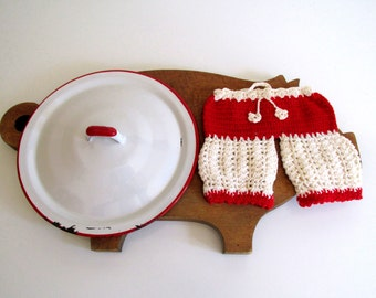 Vintage Red and White Crocheted Potholder Panties White and Red Enamel Pot Lid Kitchen Decor