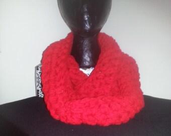 crochet chunky infinity scarves