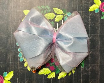 Cotton candy heart bow