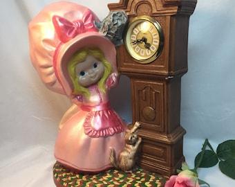 Holly Hobby Big Bonnet Clock Vintage Ceramic Statue Figurine