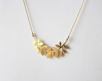 Bay leaves necklace, for women, gold plated.