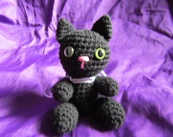 Cinder |The Black Amigurumi Cat