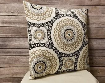Geometric Decorator Throw Pillow