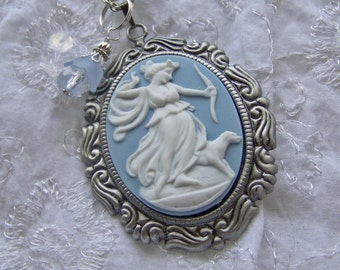 Goddess Diana Cameo Necklace - Diana - Goddess of the Hunt - Voluptuous Artemis - Huntress with Bow - Forest - Woodland Wedding - Nature