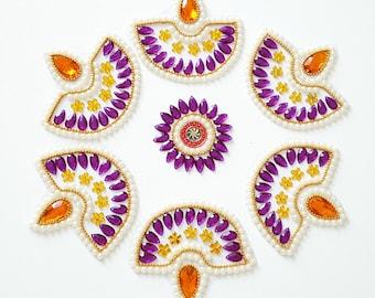 Kundan Rangoli - Pearl Diya Pattern