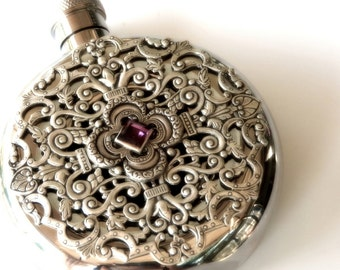 Women's Luxury Flask Round Flask Window Flask Ladies Flask Liquor Flask Bridesmaid Gift for Women Victorian Flask Vintage Style Accessories