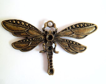 1 x Large Antique Brass Dragonfly Pendant: Solid Focal Piece with Space for Beads or Jewels BA