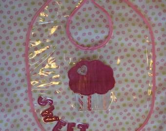 Sweet Cupcake Waterproof Vinyl Bib Pattern