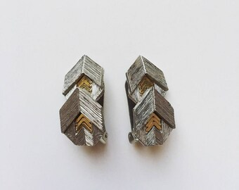 Vintage Art Deco Haute Couture signed ORENA Paris silver and gold tone clipped on earrings