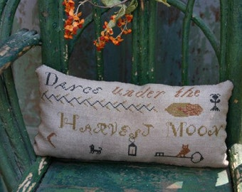 Harvest Moon Sawdust Pillow *PATTERN*