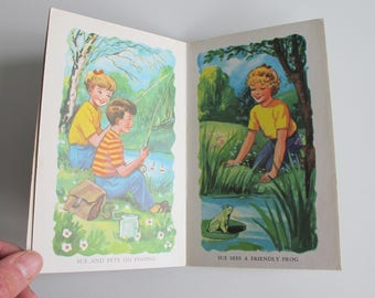 My Country Holiday Book. Vintage Children's board book. Great illustrations. Donkey, squirrels, dog, frog. Country fun!