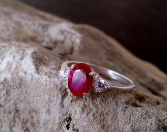 SALE! Birthstone ring,Triple Ruby ring,red engagement ring,July ring,alternative ring, wedding gift, gift for her