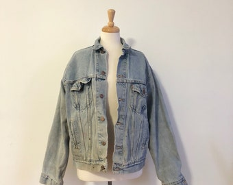 Vintage distressed levi's denim jacket