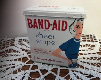Vintage BAND-AID Sheer Strips empty metal / tin box. #938