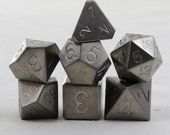 Zucati Dice: -Zirconium Square D6 Chamfered