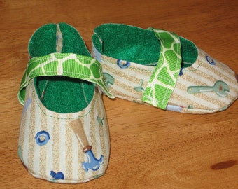 Newborn boy fabric baby shoes - tool time
