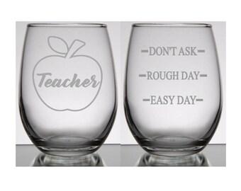Gift for Teacher, Teacher Appreciation Gift, Teacher Wine Glass, Teacher Gift Ideas, Teacher Gifts Personalized, Teacher Appreciation Day
