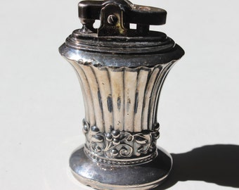 Vintage Silverplate Table Top Lighter Ronson Newport Patent 19023 Made in Newark NJ Fancy Lighter Cigarette Lighter Coffee Table Lighter