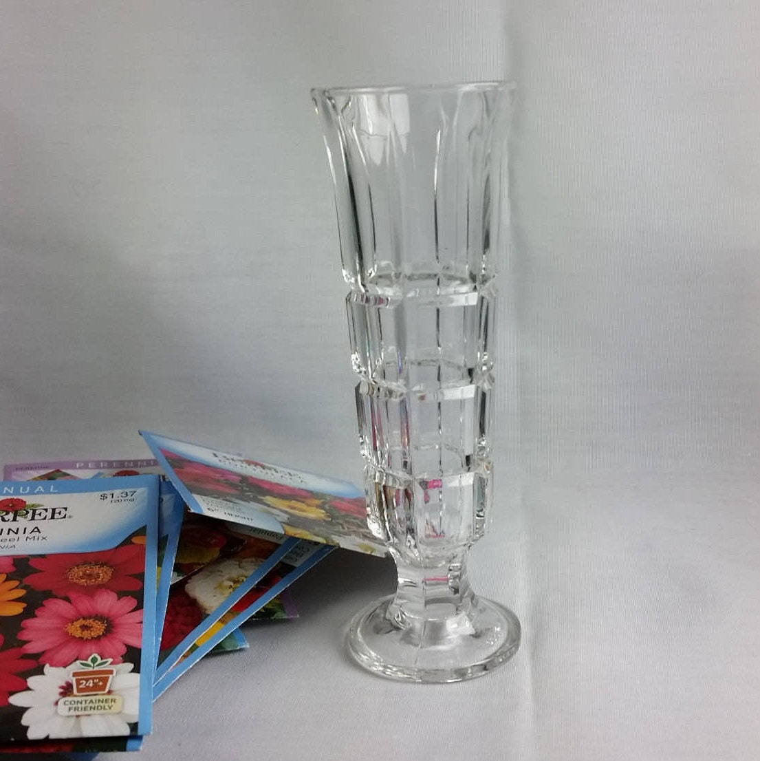 Clear glass bud vase posy vase made in italy small description this small clear glass bud vase reviewsmspy
