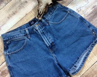 Size 8 Vintage Gap Shorts